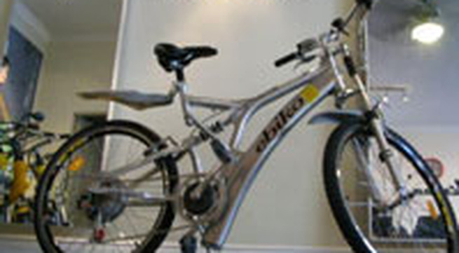 """Thế giới """"sốt"""" cùng xe đạp điện"""
