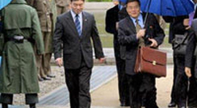 Bắc Triều Tiên phá hủy lò phản ứng hạt nhân đầu tiên