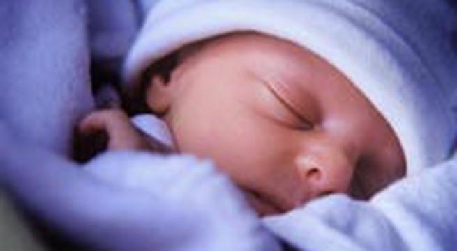 Chăm sóc trẻ sơ sinh tại gia