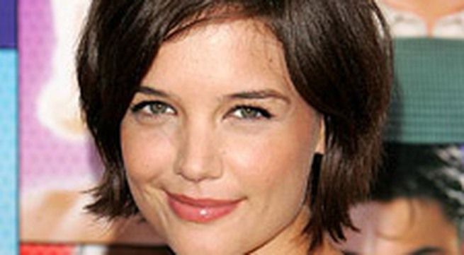 Katie Holmes mong muốn được như Reese Witherspoon