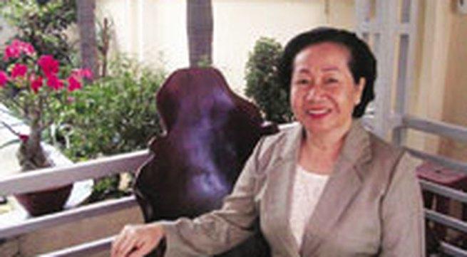 """Phu nhân Chủ tịch nước Nguyễn Minh Triết: """"Tôi muốn là người phụ nữ bình lặng phía sau chồng con"""""""