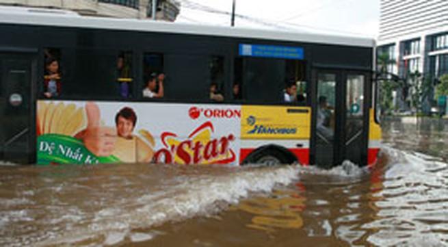 Báo chí thế giới đưa tin về trận lụt ở Hà Nội