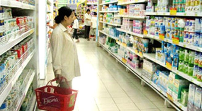 Sữa tăng giá, nhà nhập khẩu lãi 50%