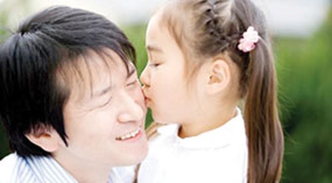 """""""Mối tình"""" đặc biệt giữa cha và con gái"""