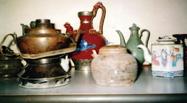 Bộ sưu tập ấm trà cổ 'độc nhất vô nhị'