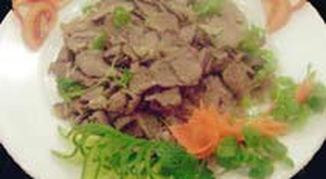 Món ngon: Bắp bò luộc mắm