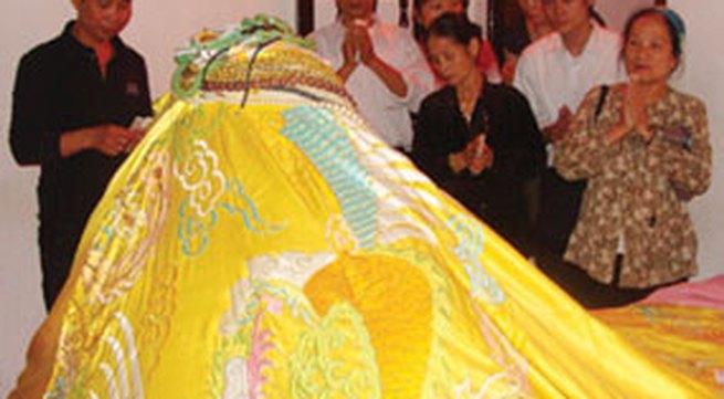 Tượng đá cụt đầu công chúa Mỵ Châu: Huyền thoại và sự thật