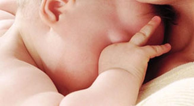 Dấu hiệu khi trẻ bị viêm phổi