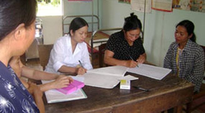 Từ 1/7: Nhân viên y tế thôn, bản được hưởng chế độ phụ cấp mới