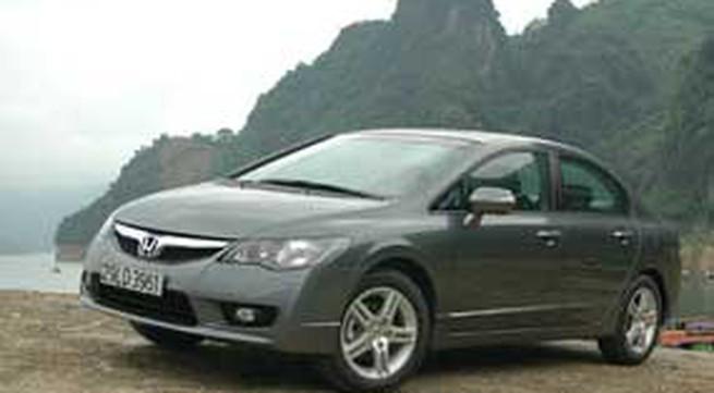 Honda VN Civic phiên bản 2009 giá từ 544.190.400 VNĐ