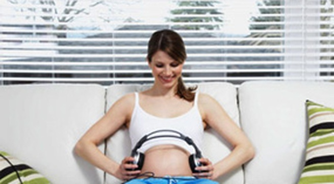 Cho thai nhi nghe nhạc, cách nào hiệu quả nhất?