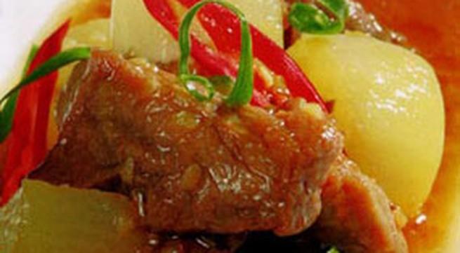 Thực đơn bữa trưa: Thịt kho củ cải trắng