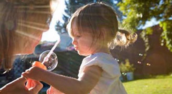 Chữa bệnh còi xương cho trẻ, phải điều trị kết hợp!