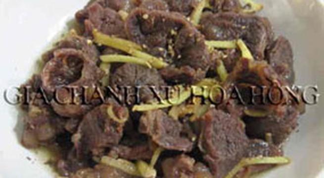 Thực đơn bữa trưa: Thịt bò kho gừng