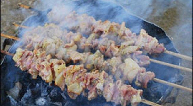Hương vị quê nhà: Thịt heo muối chua