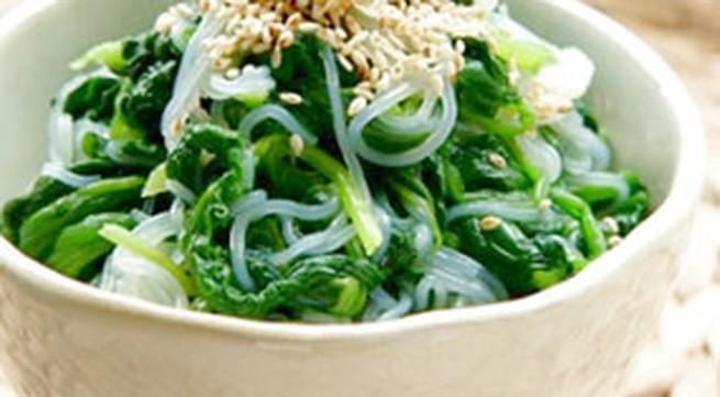 Món ngon hàng ngày: Miến trộn rau cải