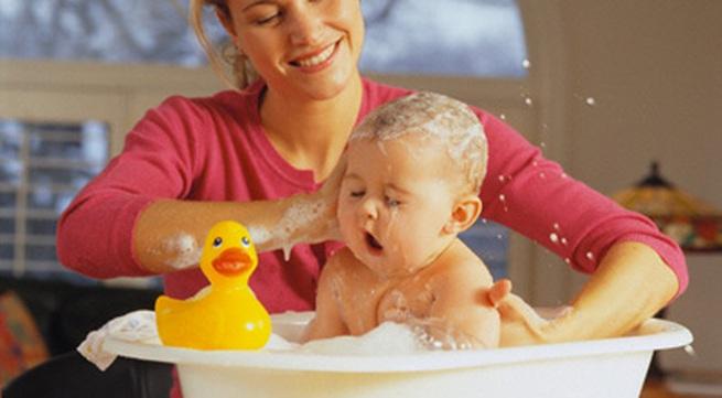 Trẻ bị rôm sảy, có thể cho uống mát gan tiêu độc?
