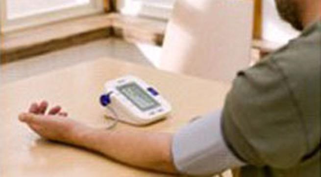 Cách chọn, sử dụng máy đo huyết áp dùng tại nhà được hiệu quả