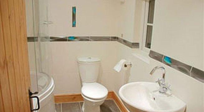 Phong thủy khi thiết kế nhà vệ sinh