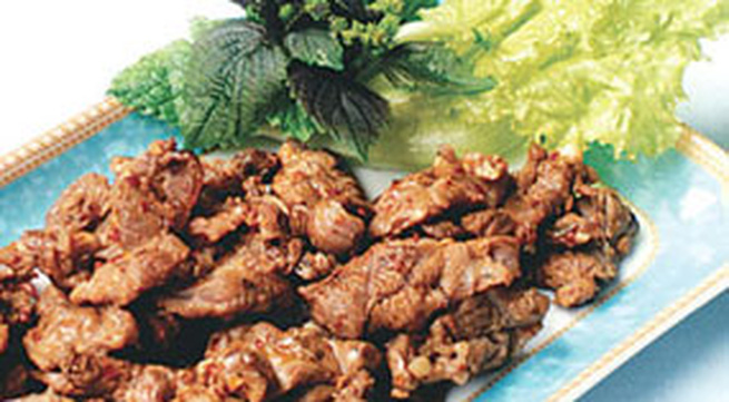 Món ngon hàng ngày: Bắp bò nướng muối ớt