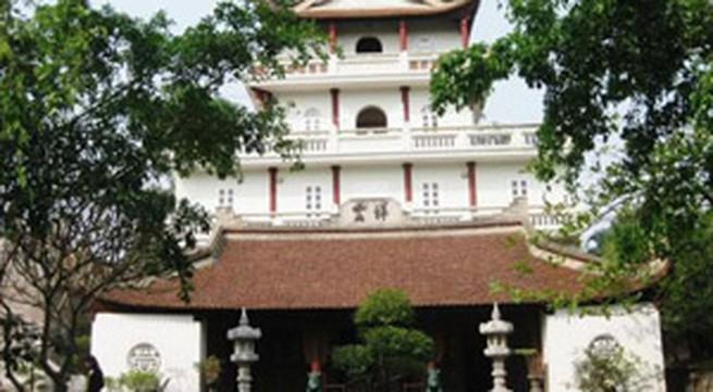 Đến thăm Việt Phủ Thành Chương