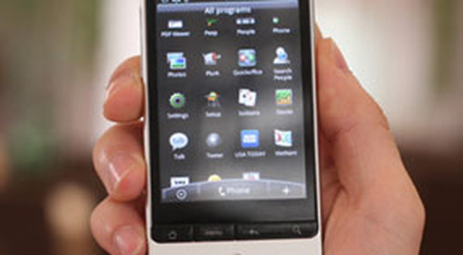 Nokia và HTC giảm giá điện thoại