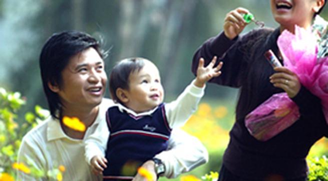 Vợ chồng Tấn Minh - Thu Huyền chào đón quý tử thứ hai