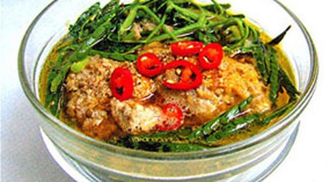 Thực đơn bữa trưa: Canh cua rau nhút