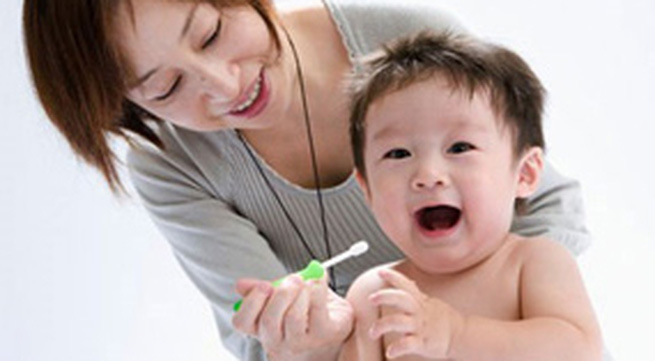 Giúp trẻ không bị sún răng