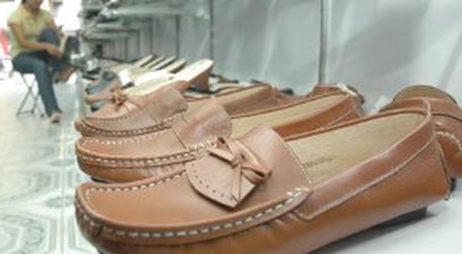 Giày cao 2,5 - 5 cm tốt nhất cho chân
