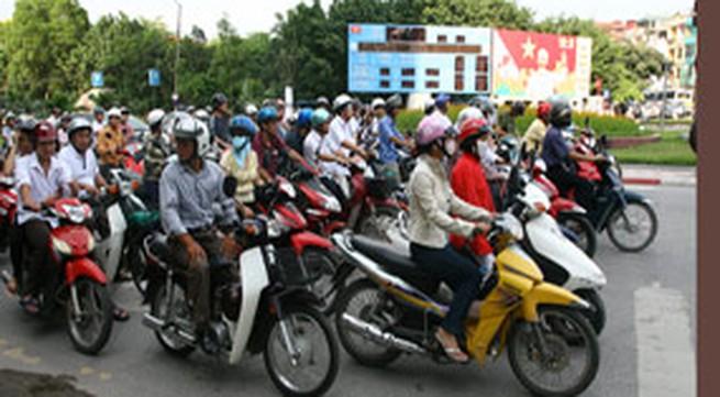 Phát động Tháng An toàn giao thông năm 2010