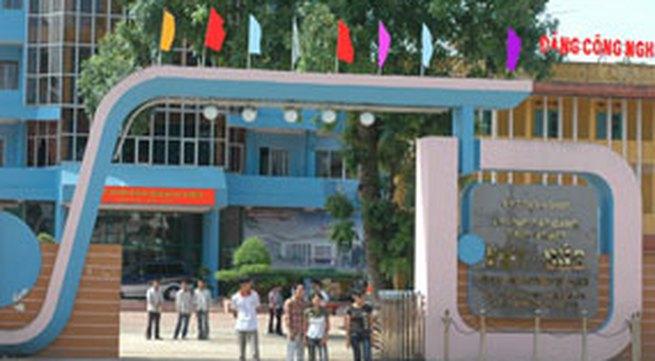 """Trường Cao đẳng Công nghiệp Việt Đức (Thái Nguyên): Việc """"đưa tiền"""" bị ghi âm"""