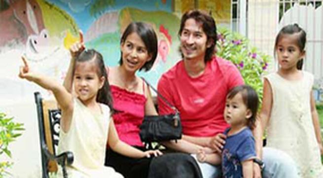 Vợ cũ Huy Khánh trần tình cùng con