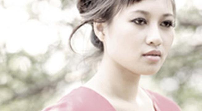 Khánh Linh: Một năm sau hôn nhân tan vỡ