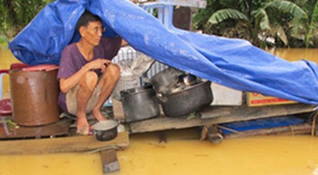 Các đơn vị, cá nhân ủng hộ đồng bào lũ lụt