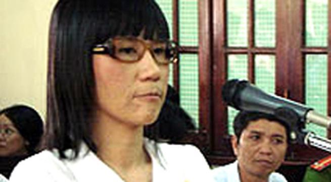 """Đằng sau vụ blogger """"Cô gái Đồ Long"""" bị bắt"""
