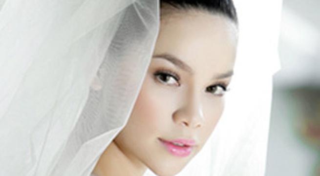 Cô dâu tuyệt đẹp Hồ Ngọc Hà