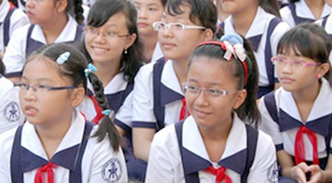 Bệnh học đường: Cận thị, vẹo cột sống, rỗi nhiễu tâm lý