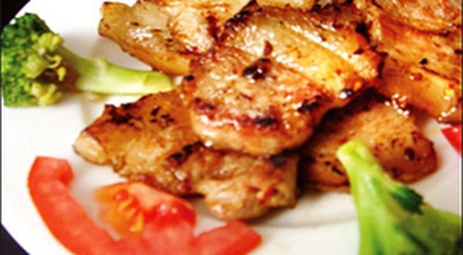 Thịt ba chỉ nướng kiểu Thái