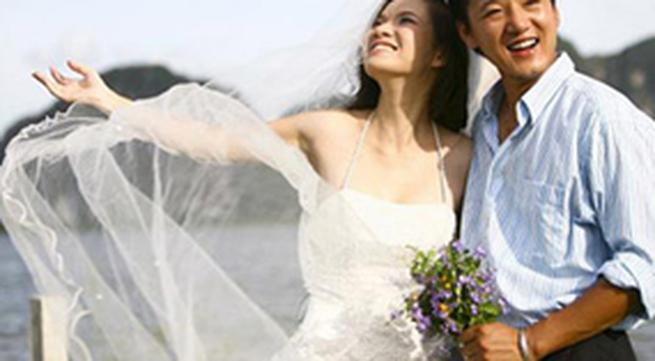 """Những đám cưới """"sững sờ"""" của sao Việt năm 2010"""