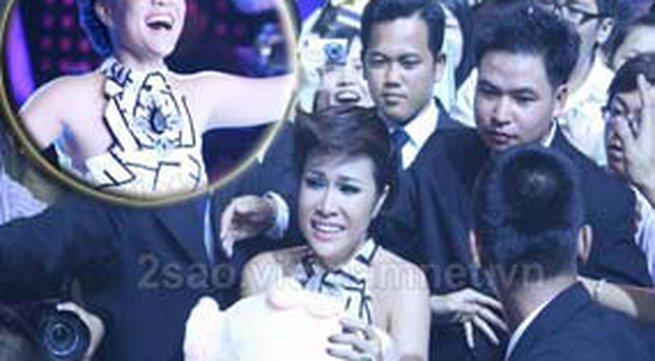 Uyên Linh lên ngôi Vietnam Idol 2010