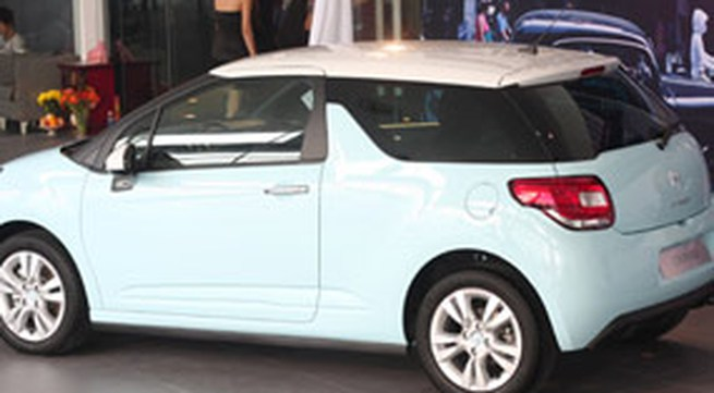 Xe Citroen trở lại VN giá 1,005 tỷ đồng
