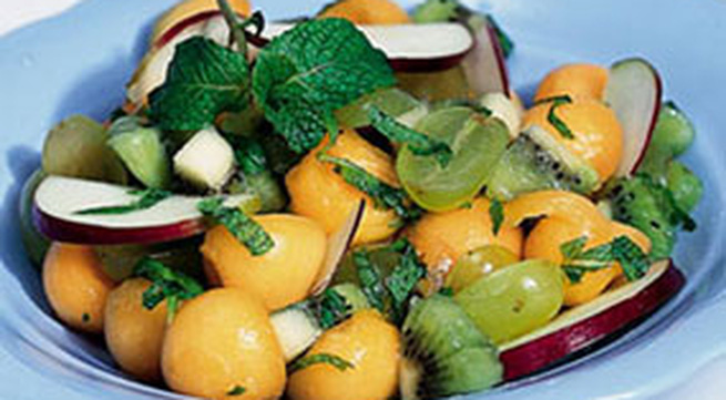 12 món salad ngon mùa hè