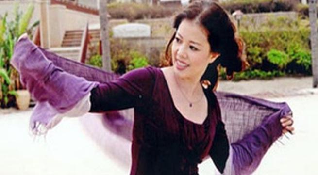 """Nghệ sĩ Ngọc Huyền """"tư vấn"""" ứng xử với chồng và... bố chồng"""