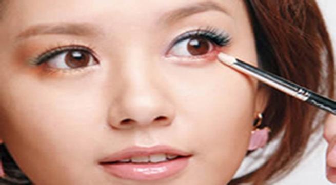 Bí quyết giảm quầng thâm và bọng mắt