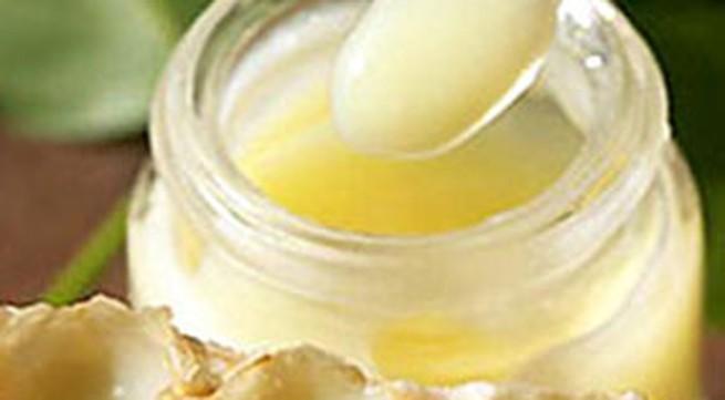 Mang thai uống sữa ong chúa có tốt?