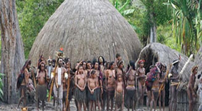 Bộ tộc ở trần hoang dã nhất hành tinh
