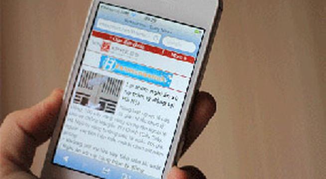 """iPhone 4S """"ế"""" và giảm giá mạnh tại VN"""