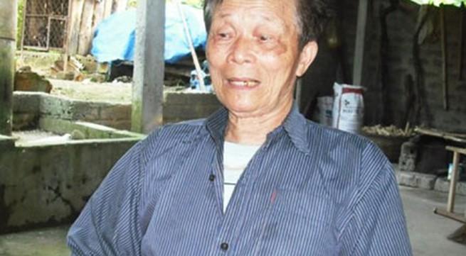 Chú rể già nhất Việt Nam sung sướng kể chuyện làm cha ở tuổi 90