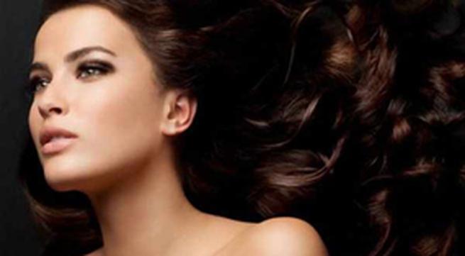 Dưỡng tóc bằng dầu xả tự nhiên